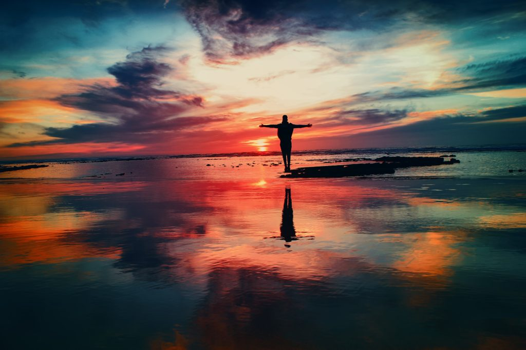 Desencarnação é o termo utilizado pela Doutrina Espírita para designar o processo em que o espírito é desligado do corpo físico e retorna ao plano espiritual.